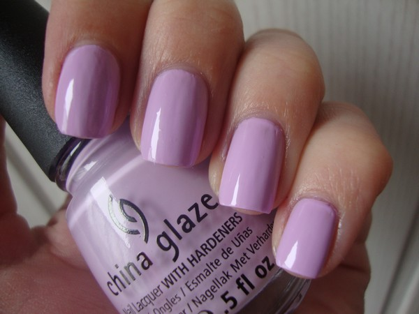 лак China Glaze Sweet Hook