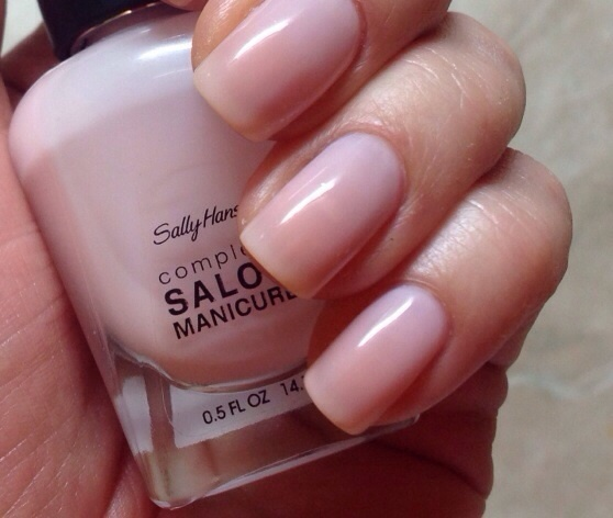 Лак Sally Hansen Salon №160 Shell We Dance?