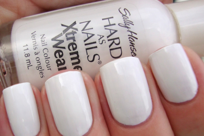 Лак Sally Hansen Xtreme wear №300 White on