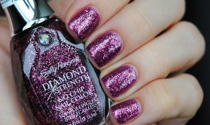 Лак Sally Hansen Diamond strength №450 Wedding Craer