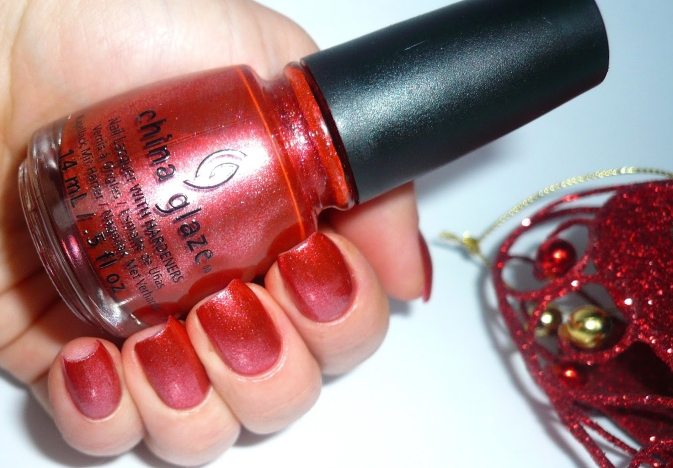 Лак China Glaze Elfin Around
