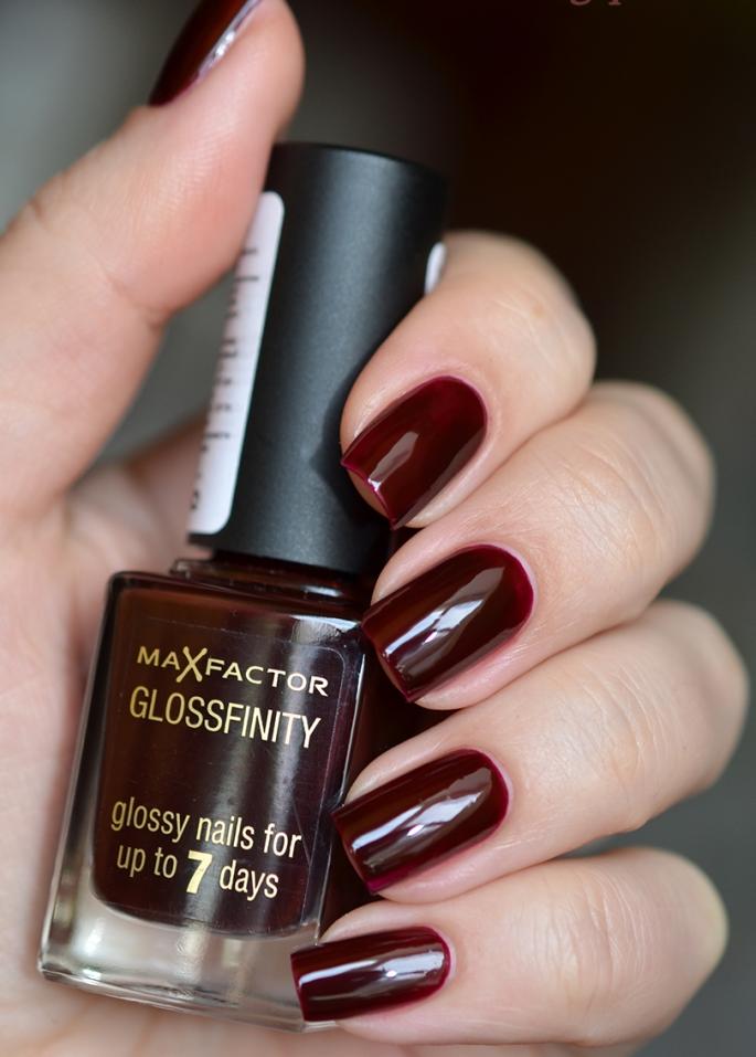 Лак Max Factor Glossfinity