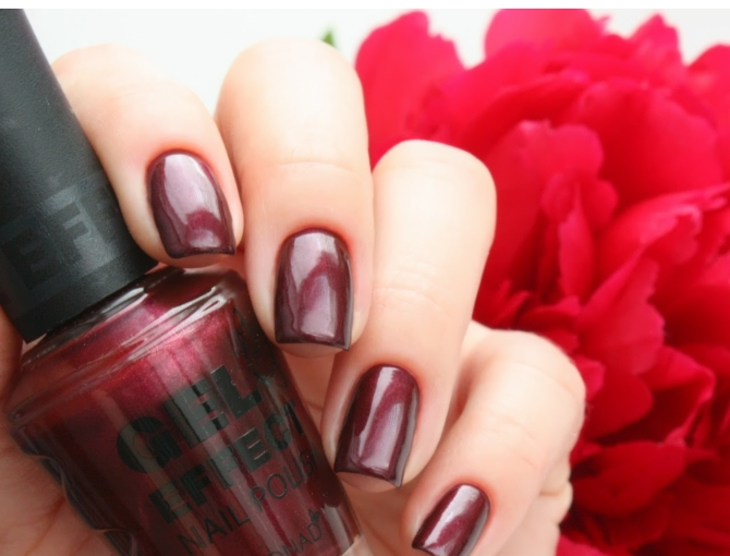 Лак Konad Gel Effect Nail Polish Vampire Red