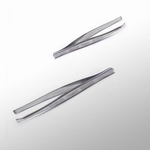Сталекс П-01 Пинцет для бровей с прямыми рабочими кромками2