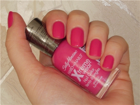 Лак Sally Hansen Xtreme wear №320 Fuchsia power