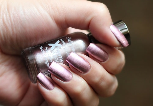 Лак Sally Hansen Xtreme wear №425 Pink Satin