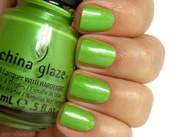 лак China Glaze Tree Hugge