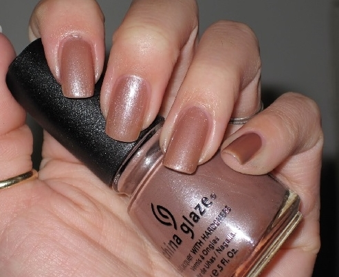 лак China Glaze Cashmere creme