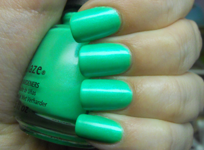 лак China Glaze In the Lime Light