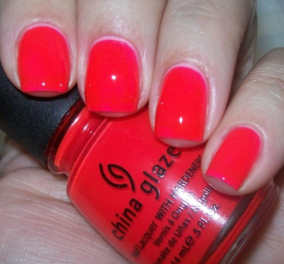 лак China Glaze Rose among thorns