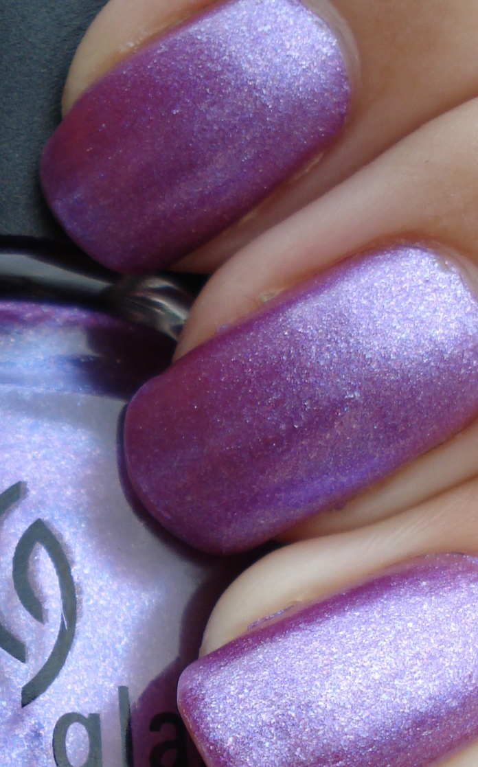 лак China Glaze Anklets Of Amethy