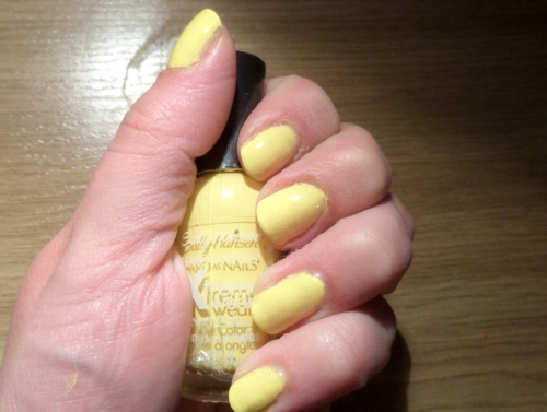 Лак Sally Hansen Xtreme wear №360 Mellow Yellow