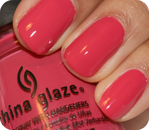 лак China Glaze Passion For Petals
