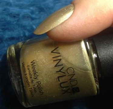 VINYLUX 128 Locket Love
