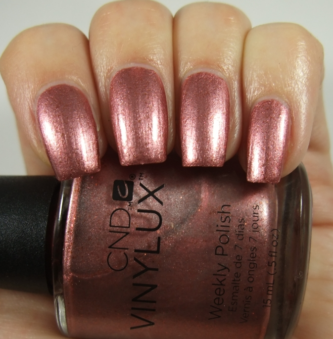 Лак CND Vinylux 212 Untitled Bronze