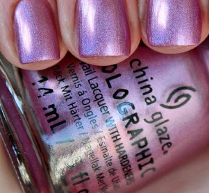 лак China Glaze Holographic Astro-Hot