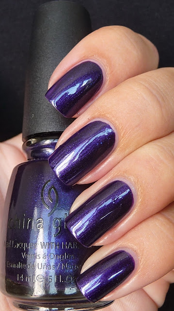 лак China Glaze First Class Ticket