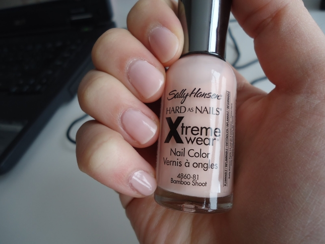 Лак Sally Hansen Xtreme wear №081 bamboo shoot