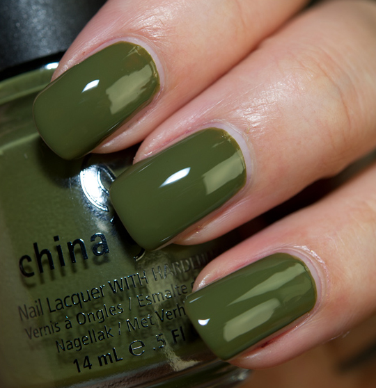лак China Glaze Westside Warrior