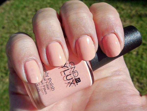 cnd vinylux salmon run flora & fauna collection 2015