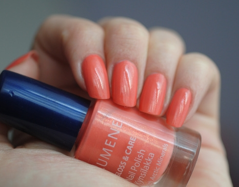 Лак Lumene Gloss and Care Nail Polish №4