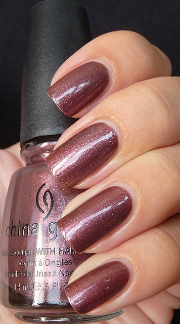 лак China Glaze Hey Doll