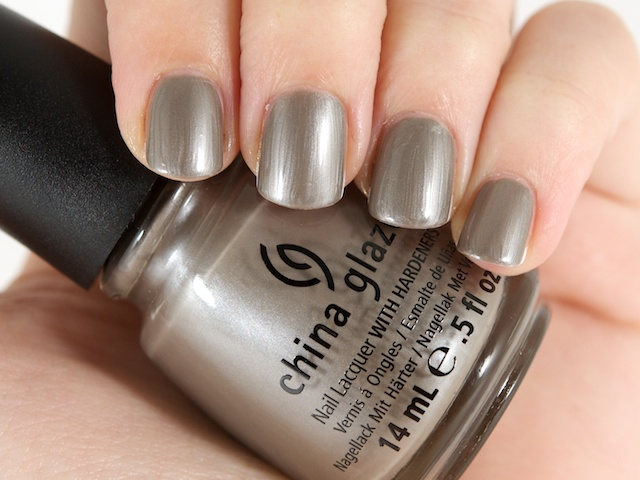 лак China Glaze Hook and Line