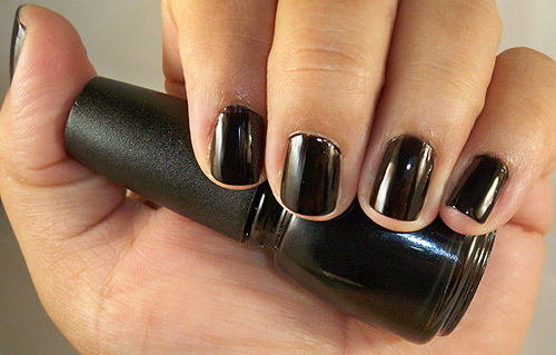 лак China Glaze Liquid Leather