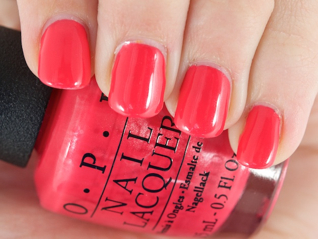 Лак OPI A definite moust-have 15 мл