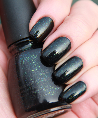 лак China Glaze Smoke and Ashes