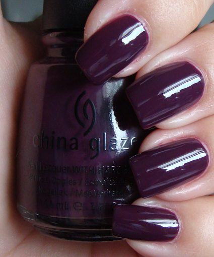 лак China Glaze Urban Night
