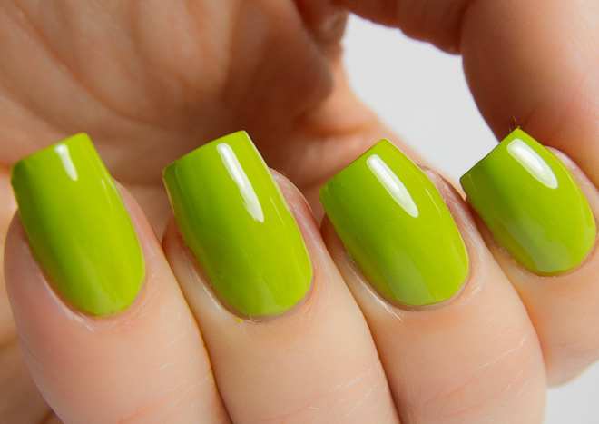 лак China Glaze Def Defying