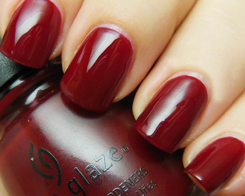 лак China Glaze Drastic