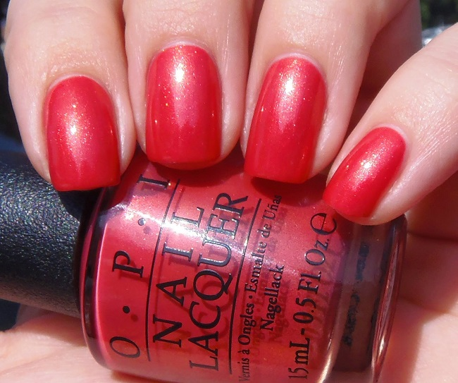 Лак OPI Go with the Lava Flow 15 мл