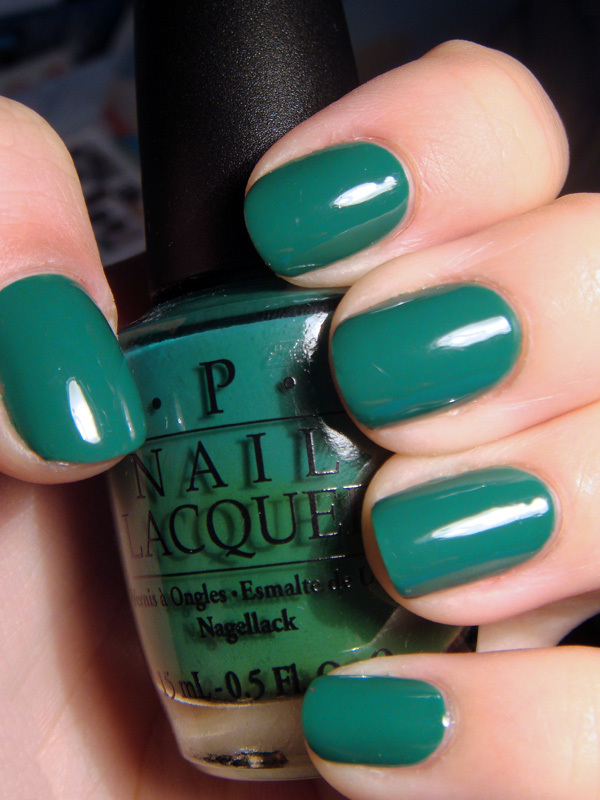Лак OPI Jade is the new Black 15 мл