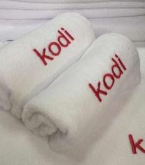 махровое полотенце для маникюра