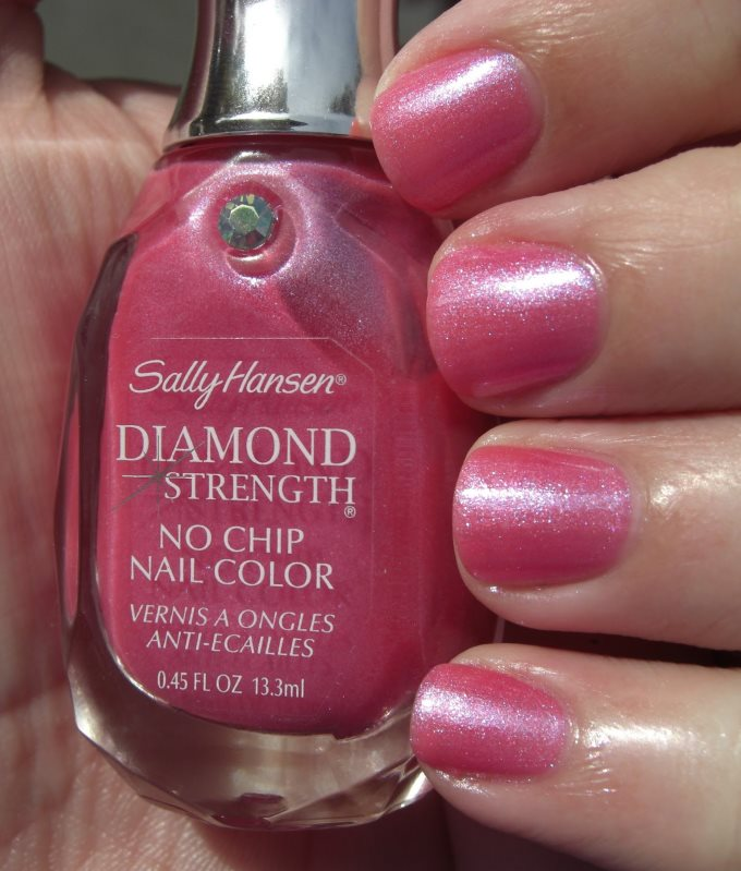 Лак Sally Hansen Diamond strength №320 Must-Have Iris