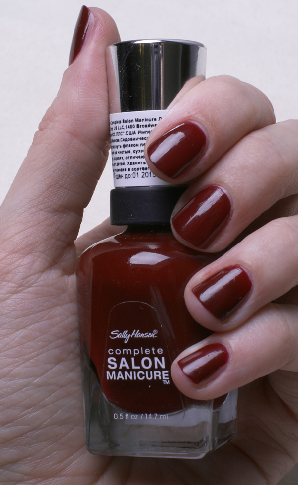 Лак Sally Hansen Salon №610 Red Zin