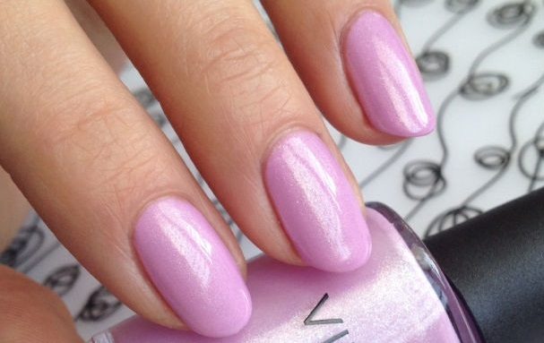 CND Shellac Vinylux Beckoning Begonia Garden Muse Collection 2015